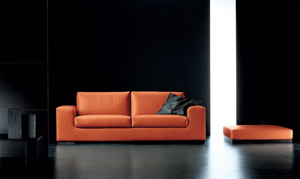 Divano arancione pelle design casa creativa e mobili for Divano due posti economico